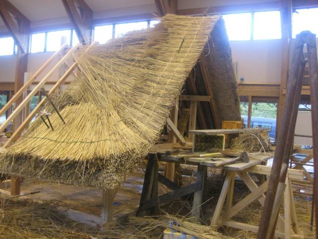 愛知県大府市の合掌屋根の施工のための訓練 実習棟に屋根を作り頑張りました